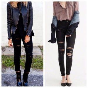 Best Fitting Black Distressed Skinny Jeans